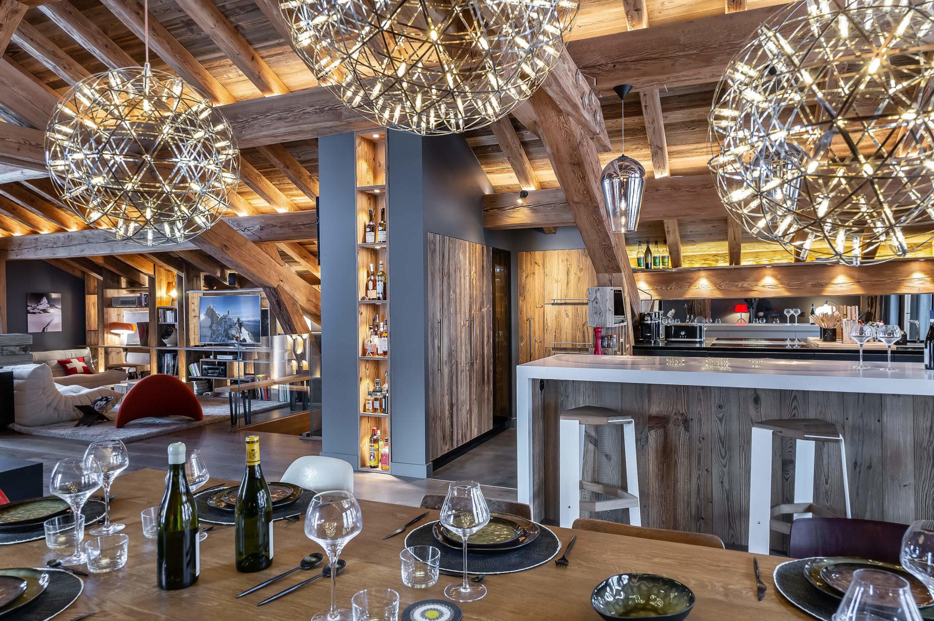 Ferme de 1779 - salle à manger 2 / Saint Martin de Belleville, Savoie
