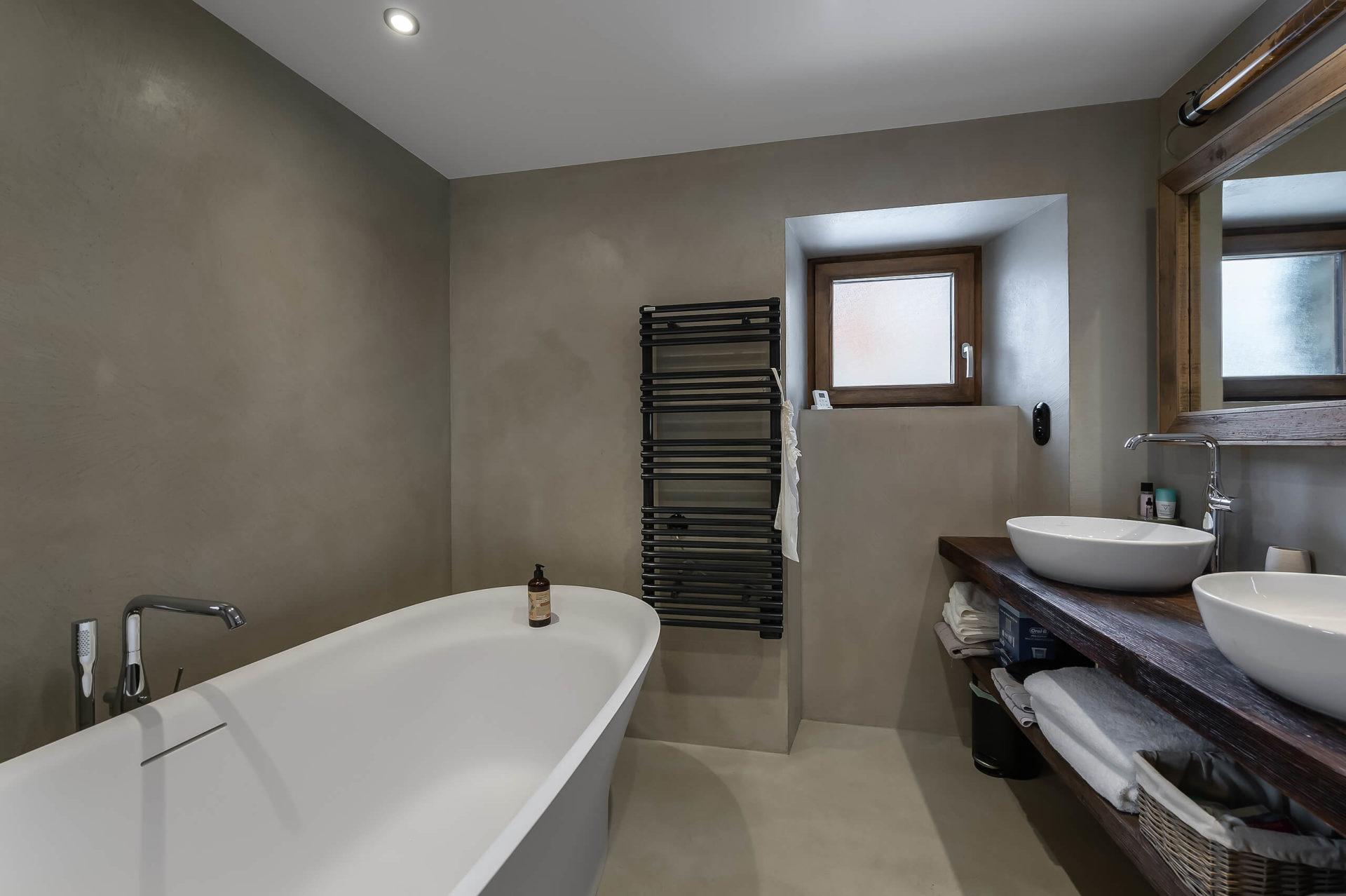 Ferme de 1779 - salle de bain 1 / Saint Martin de Belleville, Savoie