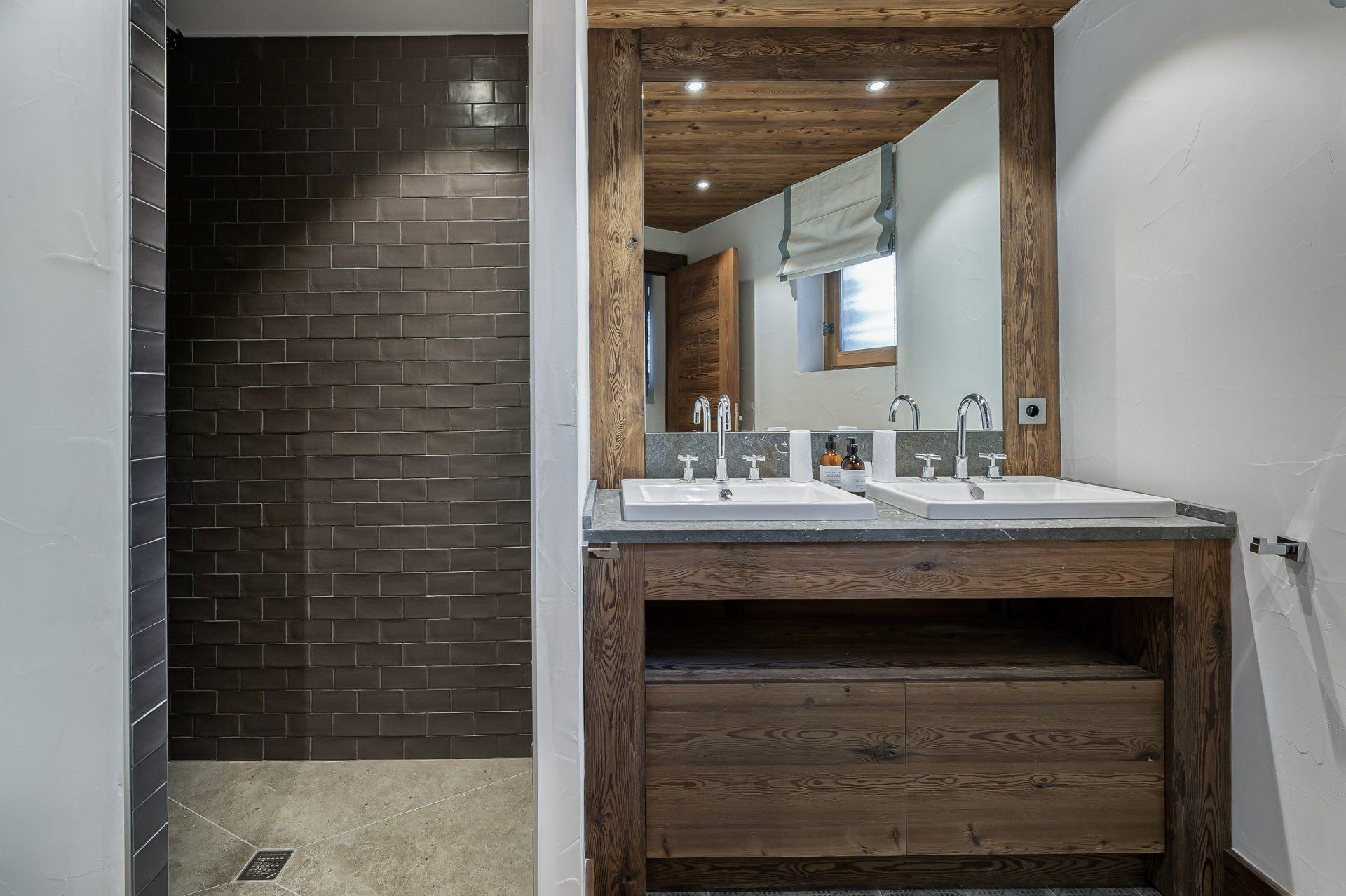 L'Epicerie / Appartement 1 / Salle de bain / Saint Martin de Belleville, Savoie